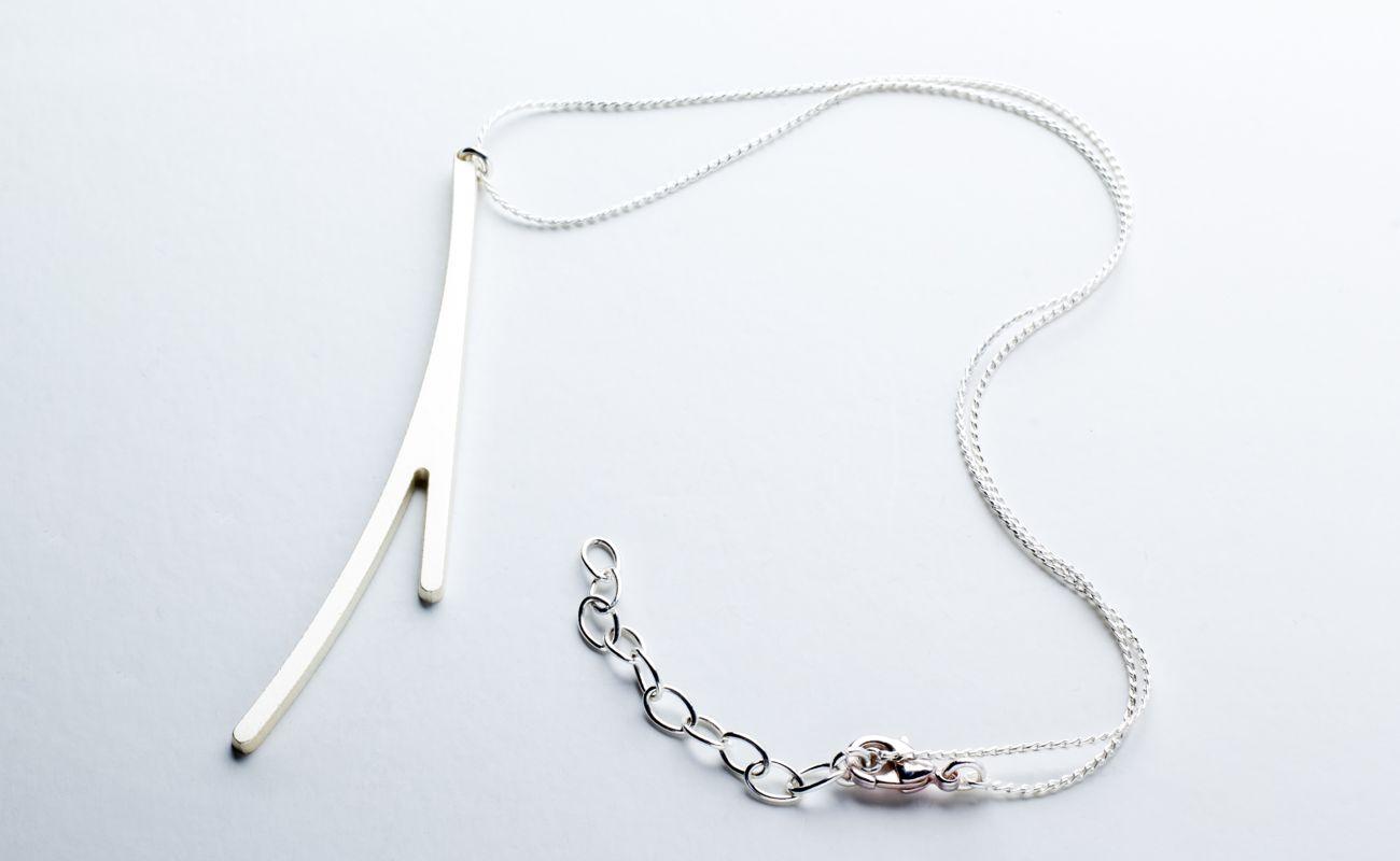 Ramification neck pendant I matte silver finish plus chain.
