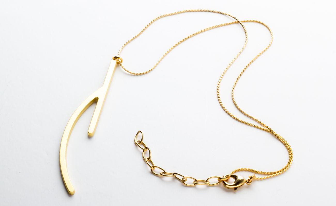 Ramification III pendentif or mat avec chaîne